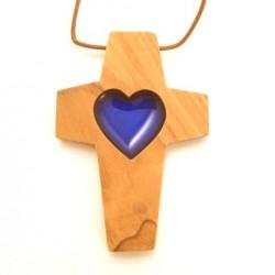 Croix de cou en olivier - Coeur bleue