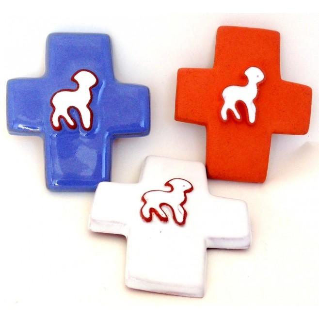 Croix agneau céramique blanche
