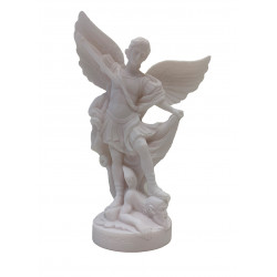 Statue Saint Michel en albâtre