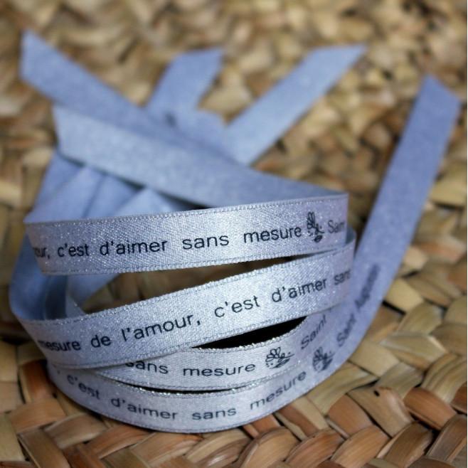 """Ruban argenté """"la mesure de l'amour, c'est d'aimer sans mesure"""" Saint Augustin"""